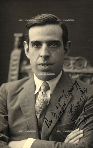 FVQ-F-189365-0000 - Portrait of a man (Sal Borgese?) - Data dello scatto: 1926 - Archivi Alinari, Firenze