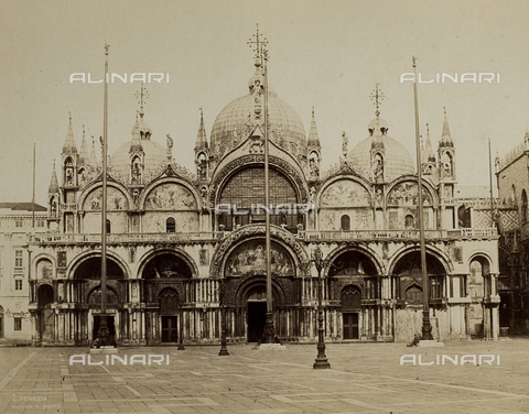 FVQ-F-192672-0000 - Façade of the Basilica of San Marco in Venice - Data dello scatto: 1865-1875 - Archivi Alinari, Firenze