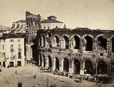 FVQ-F-198522-0000 - Arena di Verona - Data dello scatto: 1860 - Archivi Alinari, Firenze