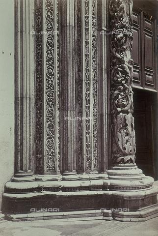 FVQ-F-198844-0000 - Detail of the central door of the Cathedral of Siena - Data dello scatto: 1855 - Archivi Alinari, Firenze