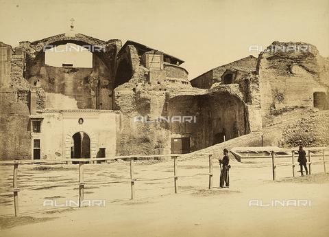 FVQ-F-199802-0000 - Rovine di un complesso chiesastico - Data dello scatto: 1860-1865 ca. - Raccolte Museali Fratelli Alinari (RMFA), Firenze