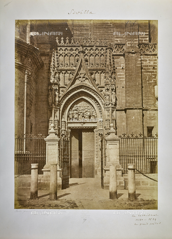 FVQ-F-205893-0000 - The decorated door of the Giralda Tower, to the side of the Cathedral of Seville, Spain - Data dello scatto: 1858-1862 - Archivi Alinari, Firenze