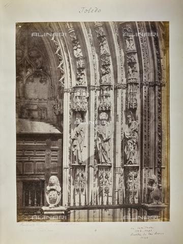 FVQ-F-205895-0000 - Dettaglio della Puerta de los Leones sul fianco destro della Cattedrale di Toledo, in Spagna. Opera di Hannequin de Egas - Data dello scatto: 1858-1862 - Raccolte Museali Fratelli Alinari (RMFA), Firenze