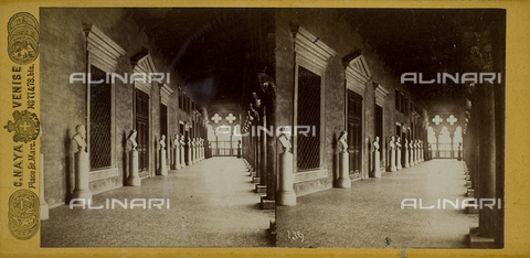 FVQ-F-206556-0000 - View of one of the loggias in the Palazzo Ducale of Venice, with a series of marble busts of famous men - Data dello scatto: 1865-1875 - Archivi Alinari, Firenze