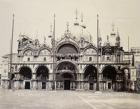 FVQ-F-206656-0000 - Facciata della Basilica di San Marco a Venezia - Data dello scatto: 1855 ca. - Raccolte Museali Fratelli Alinari (RMFA), Firenze