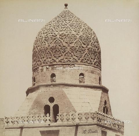 FVQ-F-206704-0000 - Tomb of the Caliphs in Cairo, Egypt - Data dello scatto: 1870-1880 - Archivi Alinari, Firenze