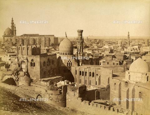 FVQ-F-206727-0000 - Tombs of the Mameluk, preserved inside the so-called City of the Dead, Cairo, Egypt - Data dello scatto: 1870 - 1880 - Archivi Alinari, Firenze