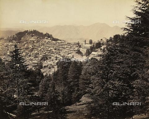 FVQ-F-206776-0000 - Panorama della città di Simla (Shimla) nei pressi della catena montuosa dell'Himalaya, India - Data dello scatto: 1863 - 1870 ca. - Raccolte Museali Fratelli Alinari (RMFA), Firenze