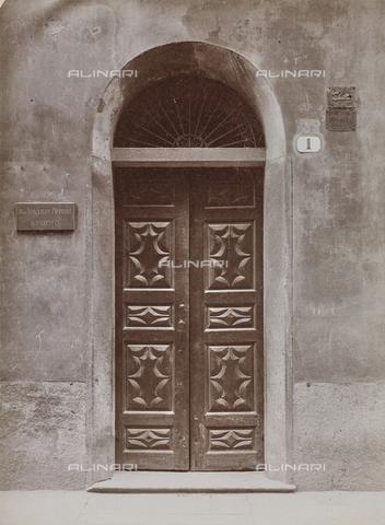 FVQ-F-209013-0000 - Portone di un palazzo di Torino - Data dello scatto: 1930 ca. - Raccolte Museali Fratelli Alinari (RMFA), Firenze