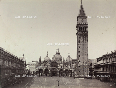 FVQ-F-209219-0000 - Venice. Basilica of S.Marco with the Bell Tower - Data dello scatto: 1860 ca. - Archivi Alinari, Firenze