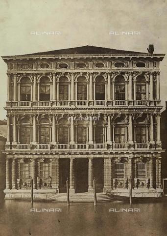 FVQ-F-209247-0000 - Cà Rezzonico, Venice - Data dello scatto: 1850-1855 ca. - Archivi Alinari, Firenze