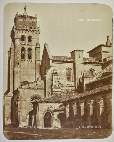 FVQ-F-210367-0000 - Monastero de las Huelgas a Burgos, particolare - Data dello scatto: 1858-1862 - Raccolte Museali Fratelli Alinari (RMFA), Firenze