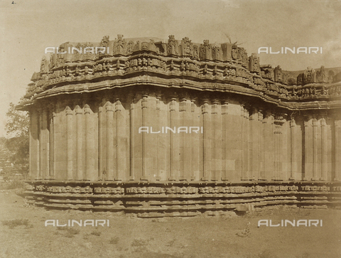 FVQ-F-210390-0000 - Tempio di Hullabeed a Mysore in India - Data dello scatto: 1858 - Archivi Alinari, Firenze