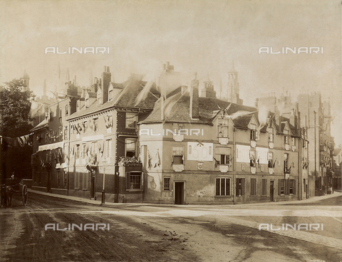 FVQ-F-210713-0000 - Houses in Eton, town in Great Britain - Date of photography: 22/06/1887 - Fratelli Alinari Museum Collections, Florence