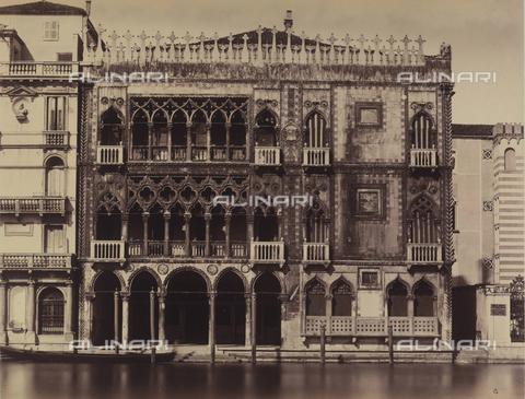 FVQ-F-211384-0000 - Venice. Palazzo Ca' d'oro on the Grand Canal - Data dello scatto: 1870 ca. - Archivi Alinari, Firenze