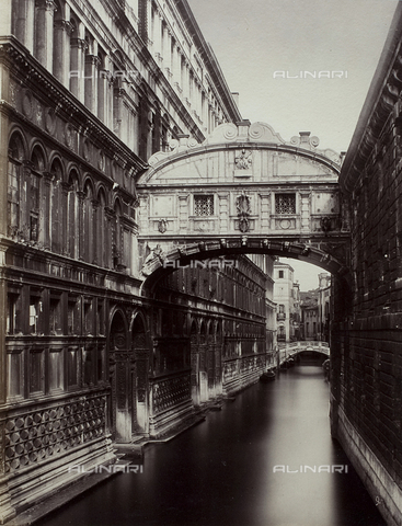 FVQ-F-211385-0000 - Venice. Ponte dei Sospiri (Bridge of Sighs) - Data dello scatto: 1870 ca. - Archivi Alinari, Firenze
