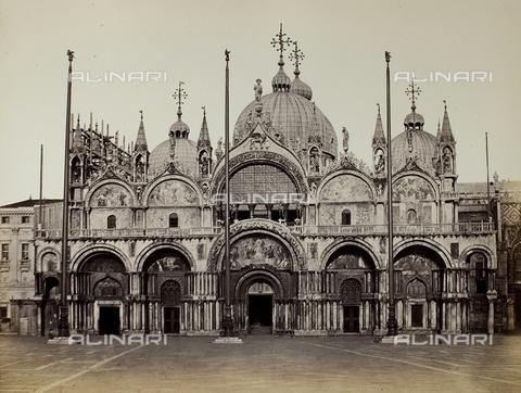 FVQ-F-211831-0000 - Facciata della Basilica di San Marco a Venezia - Data dello scatto: 1860-1870 - Raccolte Museali Fratelli Alinari (RMFA), Firenze