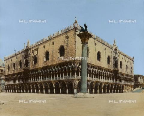 FVQ-F-217320-0000 - The Palazzo Ducale in Venice - Data dello scatto: 1875 ca. - Archivi Alinari, Firenze