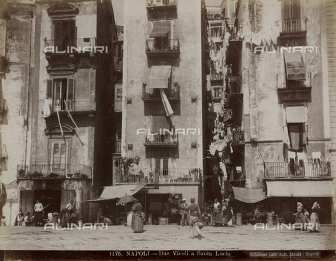 FVQ-F-225199-0000 - Two streets in the Santa Lucia, Naples - Date of photography: 1895 ca. - Fratelli Alinari Museum Collections, Florence