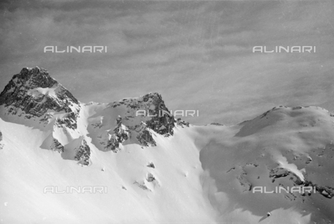 GBA-S-000178-0026 - Montagne innevate, Cortina d'Ampezzo - Data dello scatto: 06/02-27/02/1941 - Archivi Alinari, Firenze