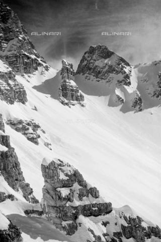GBA-S-000178-0027 - Montagne innevate, Cortina d'Ampezzo - Data dello scatto: 06/02-27/02/1941 - Archivi Alinari, Firenze