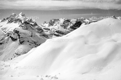 GBA-S-000178-0029 - Montagne innevate, Cortina d'Ampezzo - Data dello scatto: 06/02-27/02/1941 - Archivi Alinari, Firenze