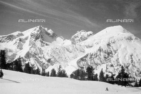 GBA-S-000178-0036 - Montagne innevate, Cortina d'Ampezzo - Data dello scatto: 06/02-27/02/1941 - Archivi Alinari, Firenze
