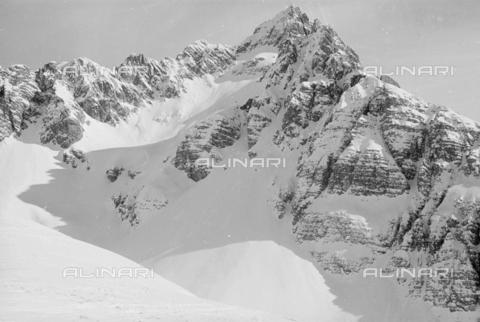 GBA-S-000178-0038 - Montagne innevate, Cortina d'Ampezzo - Data dello scatto: 06/02-27/02/1941 - Archivi Alinari, Firenze