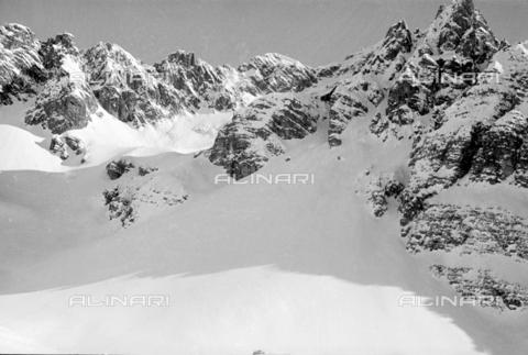 GBA-S-000178-0039 - Montagne innevate, Cortina d'Ampezzo - Data dello scatto: 06/02-27/02/1941 - Archivi Alinari, Firenze