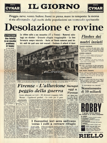 GBB-F-004313-0000 - 1966, 6 november, FIRENZE, ITALY : The first page of italian newspaper IL GIORNO regarding the flood disaster that devastated the city - © ARCHIVIO GBB / Archivi Alinari