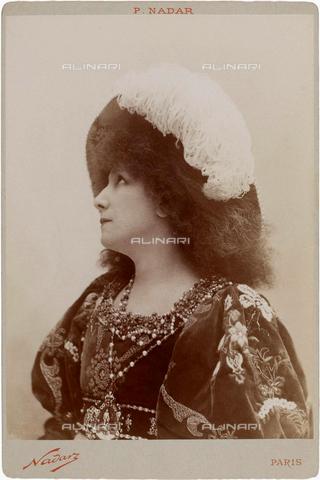 GBB-F-004968-0000 - 1894, PARIS, FRANCE : The french most celebrated theatre actress SARAH BERNHARDT (1844 - 1923) in GISMONDA by VICTORIEN SARDOU - © ARCHIVIO GBB / Archivi Alinari