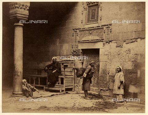 GBB-F-007349-0000 - 1890 ca, EGYPT: The court of an Arabian ancient house - © ARCHIVIO GBB / Archivi Alinari