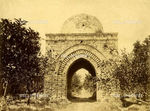 """GBB-F-007903-0000 - 1875 ca, PALERMO, ITALY: The PICCOLA CUBA (La Cubula). Built in 1184, in the garden of Parco del Genoardo (from arab: Gennai al ard: Paradise on the Earth) wanted by king Re Guglielmo II di Sicilia aka"""" il Buono"""" - © ARCHIVIO GBB / Archivi Alinari"""