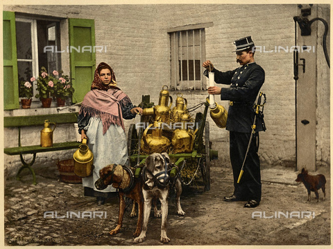 GBB-F-008020-0000 - 1895 ca, BRUXELLES, BELGIUM: The cart of milk, trained by dogs. Photocrome - © ARCHIVIO GBB / Archivi Alinari