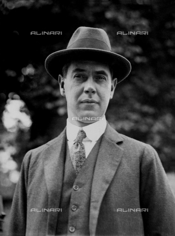GBB-F-008049-0000 - 1921, 29 may, Roma, ITALY: The USA diplomatic and writer Honorable RICHARD WASHBURN CHILD (1881-1935). Ambassador of United States in Italy from May 1921 to 1924, he encouraged Benito Mussolini to start his March on Rome in 1922. He also promoted U.S. investment in Italy under fascism, especially from the J. P. Morgan bank. After return to USA, he became editor for The Saturday Evening Post and served on the National Crime Commission. In 1928 he became a paid propaganda writer for Benito Mussolin. Together with Thomas W. Lamont he rates as one of the most influential American promoters of Italian fascism until his death in 1935. - © ARCHIVIO GBB / Archivi Alinari