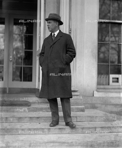 GBB-F-008053-0000 - 1915 ca, USA: The USA diplomatic and writer Honorable RICHARD WASHBURN CHILD (1881-1935). Ambassador of United States in Italy from May 1921 to 1924, he encouraged Benito Mussolini to start his March on Rome in 1922. He also promoted U.S. investment in Italy under fascism, especially from the J. P. Morgan bank. After return to USA, he became editor for The Saturday Evening Post and served on the National Crime Commission. In 1928 he became a paid propaganda writer for Benito Mussolin. Together with Thomas W. Lamont he rates as one of the most influential American promoters of Italian fascism until his death in 1935 - © ARCHIVIO GBB / Archivi Alinari
