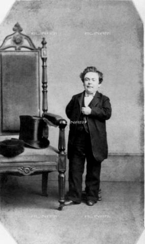 GBB-F-008864-0000 - 1864, NEW YORK, USA: The american General TOM THUMB (1838-1883), born Charles Sherwood Stratton , the P.T. Barnum 's Circus famed midget. - © ARCHIVIO GBB / Archivi Alinari