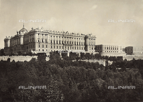 GCQ-F-003849-0000 - Palacio Real-Palaco de Oriente, Madrid, Spain. The palace was begun by Filippo Juvarra and finished by Giovanni Battista Sacchetti - Date of photography: 1920-1930 ca. - Fratelli Alinari Museum Collections, Florence