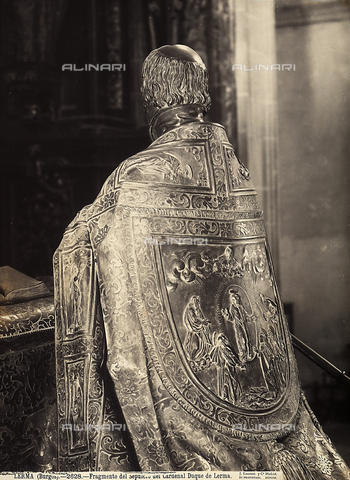 GCQ-F-003871-0000 - Detail of the bronze funerary monument of Cristòbal de Rojas, archbishop of Saville, by Juan de Arfe, in the Cathedral of Lerma, Spain - Date of photography: 1920-1930 ca. - Fratelli Alinari Museum Collections, Florence
