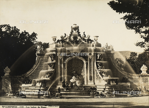 GCQ-F-003961-0000 - The Banos de Diana in the garden of the Palacio Real of S. Ildefonso or la Granja, Spain - Date of photography: 1920-1930 - Fratelli Alinari Museum Collections, Florence