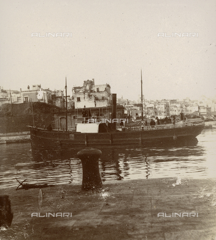 """GLQ-F-002191-0000 - """"A vapor as it enters the short channel that separates the Inland Sea from the Mediterranean"""" - Date of photography: 07/01/1897 - Fratelli Alinari Museum Collections, Florence"""