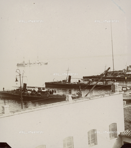 """GLQ-F-002199-0000 - """"The Ancona warship and some of the torpedo boats that were anchored in the Inland Sea"""" - Date of photography: 07/01/1897 - Fratelli Alinari Museum Collections, Florence"""