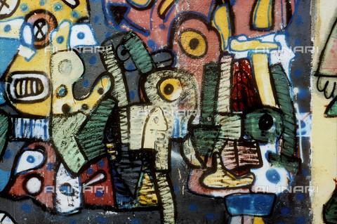 GRA-F-000033-0000 - Opera attribuibile a Christophe Bouchet. Graffiti & Wall Art sul Muro di Berlino, abbattuto a partire dalla notte del 9 Novembre del 1989 - Data dello scatto: 1987 - Gremese Archivio/Archivi Alinari, Francesco e Alessandro Alacevich