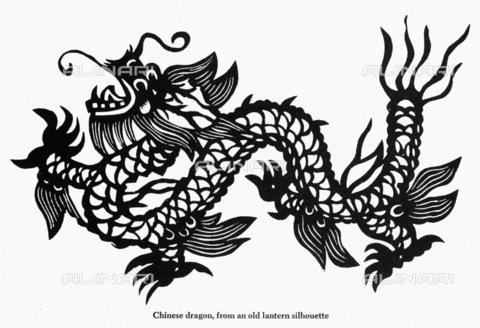 GRC-F-001551-0000 - Drago cinese ripreso da una silhouette di una lanterna - Granger, NYC /Archivi Alinari