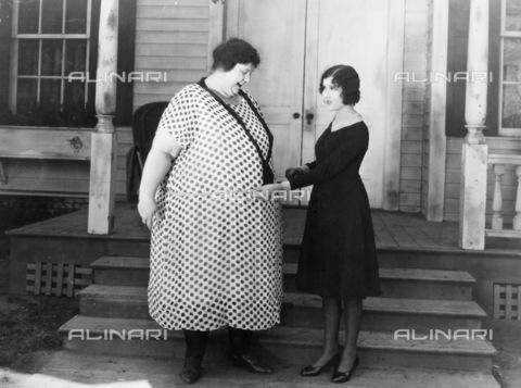 GRC-F-034118-0000 - Ancora sovrappeso - Granger, NYC /Archivi Alinari