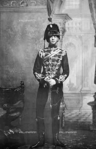 GRC-F-037789-0000 - Sir Winston Leonard Spencer-Churchill (1874-1965), statista inglese e Primo Ministro dal 1940 al 1945 e dal 1951 al 1955, ritratto da giovane con l'uniforme da ussaro del 4th Queen's Own Hussars - Data dello scatto: 1895 - Granger, NYC /Archivi Alinari