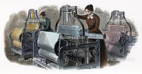 GRC-F-041403-0000 - Donne al lavoro con i telai meccanici, incisione, scuola americana - Granger, NYC /Archivi Alinari