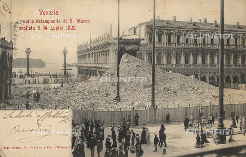 GRQ-F-003224-0000 - The rubble of the Bell tower of the Basilica of S. Marco, collapsed on 14 July 1902 in Piazza S. Marco, Venice
