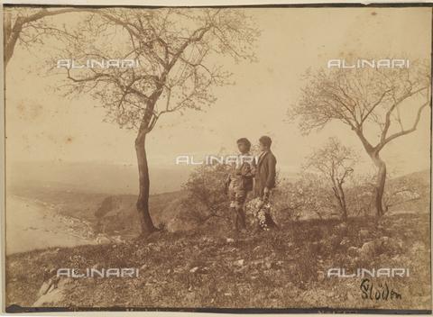 GWA-F-000306-0000 - Taormina. Almond trees in flower - Data dello scatto: 1890 ca. - Archivi Alinari, Firenze