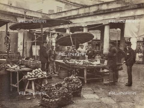GWA-F-000499-0000 - Market in Catania - Data dello scatto: 1900 ca. - Archivi Alinari, Firenze